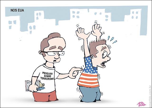 EUA TERRORISMO Pesquisa homem levanta bracos