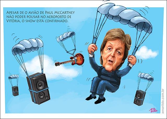 Paul MaCartney puando de paraquedas no es estadio rio branco show cariacica ES Caixa de som