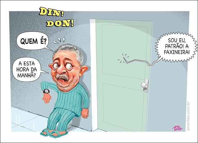 Lula pijama medo relogio 6 da manha federal porta empregada fachineira PEQ
